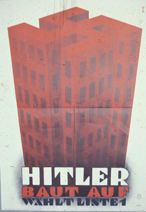 Ноябрь 1932 года. Гитлер строит