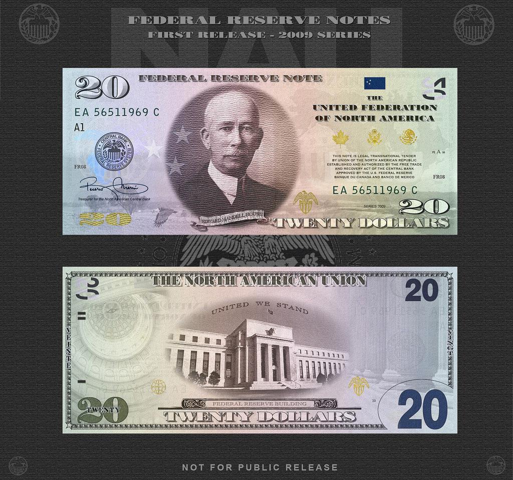 На лицевой стороне - Эдвард Мандел Хаус (1858 - 1938) — дипломат, советник Вудро Вильсона. На первый взгляд отношения к Федрезерву не имеет. Но именно он в сотрудничестве с руководством банка  J. P. Morgan занимался выработкой позиции США на Парижской мирной конференции по окончании Первой мировой, принимал участие в создании Лиги Наций. До Бреттон-Вуда было еще далеко, но первый шаг в нужном направлении был сделан.
