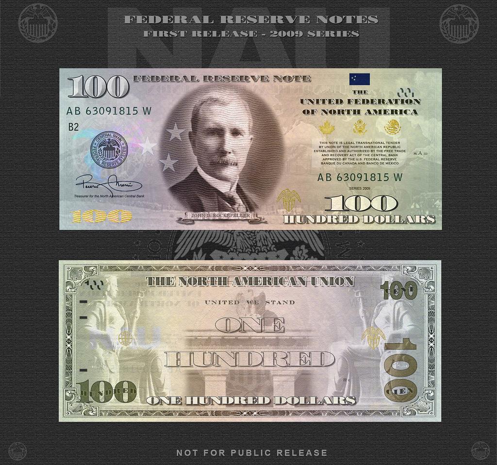 На лицевой стороне - Джон Дэвисон Рокфеллер (1839-1937), первый в истории человечества долларовый миллиардер, создатель нефтяной корпорации Standart Oil. В числе прочего владел девятью банками.
