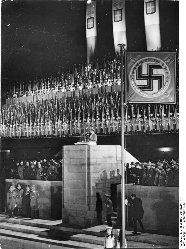 Выступление Геббельса во время визита Муссолини